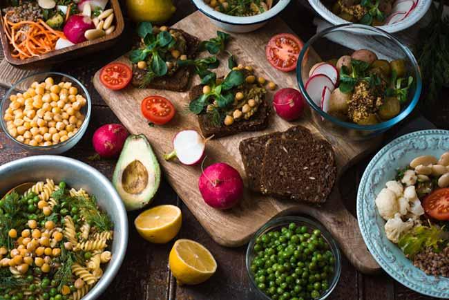 alim - As diferenças entre vegano, vegetariano e ovolactovegetariano