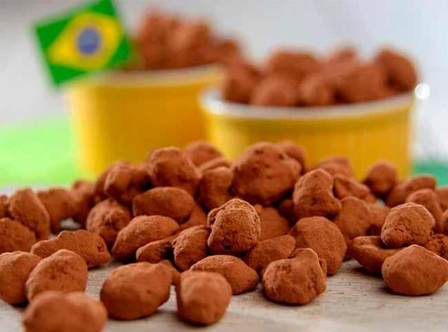 amendoimcomabolatoda - Amendoim com chocolate