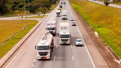 caminhao 390x220 - Quase um terço dos caminhoneiros dirige sob efeito de drogas pesadas