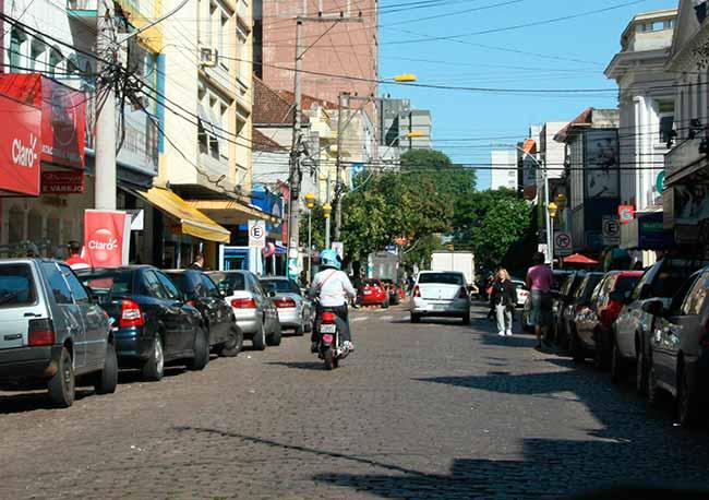 centro - São Leopoldo: não pagar notificação do estacionamento rotativo gera multa de trânsito e pontos na carteira