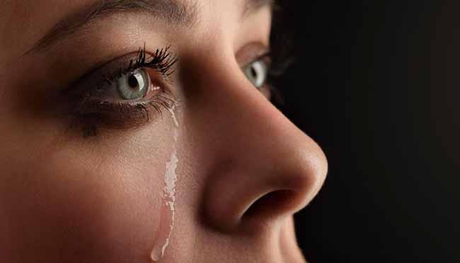 chor - Riso ou choro involuntário pode ser doença
