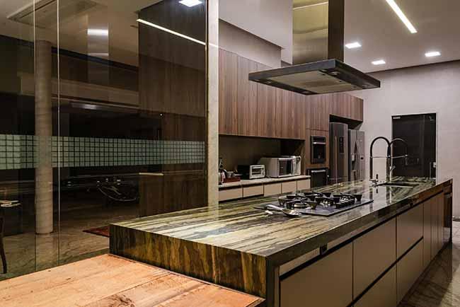 dec18 4 - Pedra e madeira se destacam em projeto residencial em Vitória