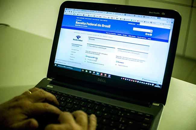 imposto de renda - Receita Federal abre consulta a restituição do Imposto de Renda de 2008 a 2018
