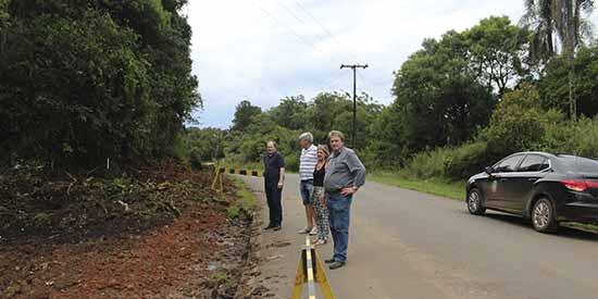 município de Salvador do Sul ciclovia 3 - Salvador do Sul recebe novos veículos para a agricultura