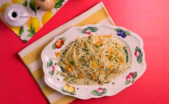 palmito - Palmito espaguete ao alho e óleo