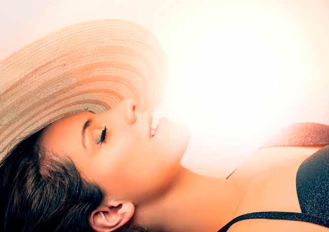 pelver - Manchas na pele no verão: quando retomar os tratamentos?