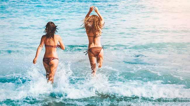 praia - Cuidados com a higieneíntima feminina no verão