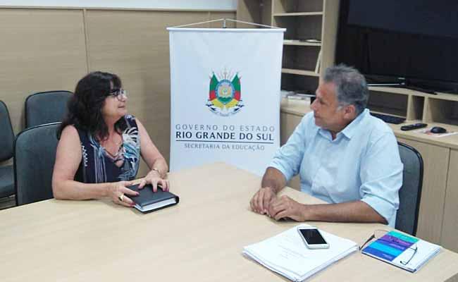 secretária de educação Maristela em reuniao com Faisal Karam - Maristela Guasselli se reúne com secretário estadual de Educação