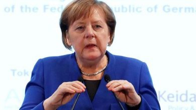 Photo of Angela Merkel anuncia retorno do Campeonato Alemão