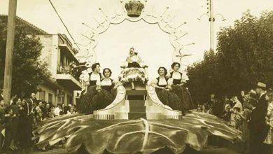 Carro Alegórico da Rainha e Princesas da Festa da Uva de 1954 390x220 - A história da Festa da Uva é tema de exposição em Caxias do Sul