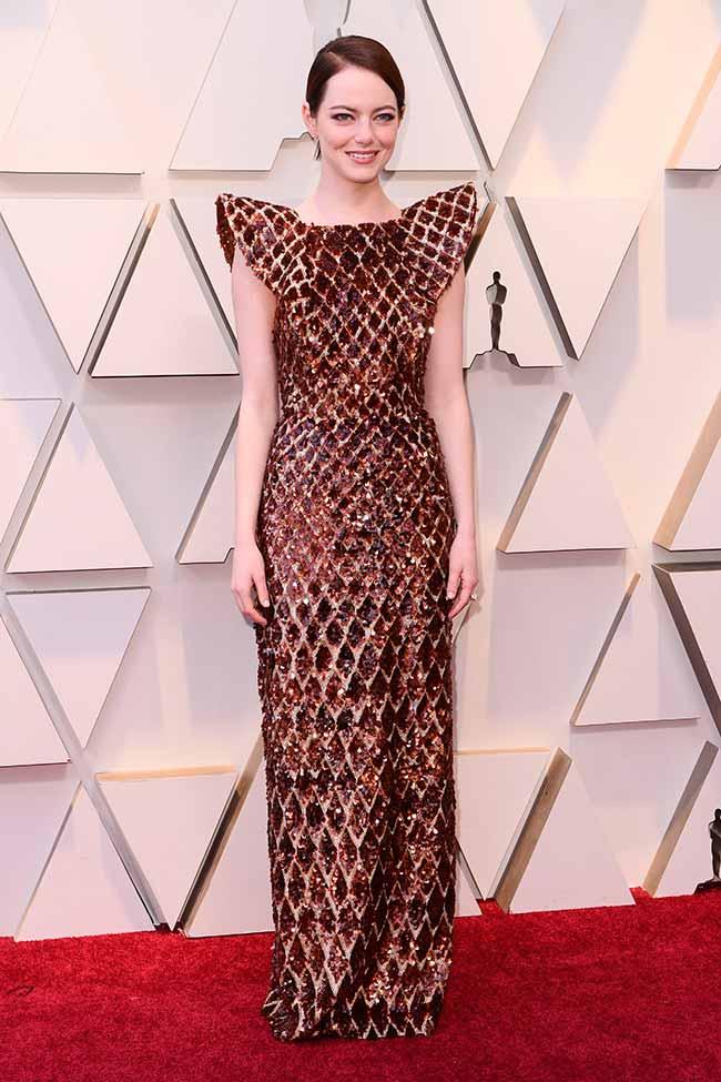 Emma Stone CREDITO E ENTERTAINMENT @EONLINELATINO - A moda no tapete vermelho do Oscar 2019