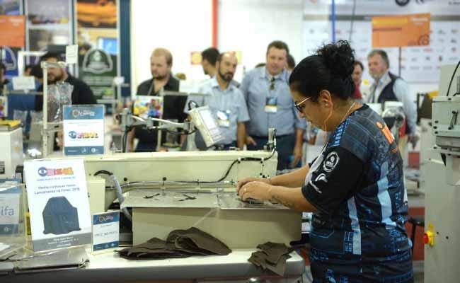 Fábrica Conceito Fimec - Fábrica Conceito apresenta inovação e tecnologia na produção calçadista durante a Fimec