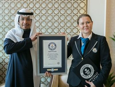 FSC Guinness - Festival de Falcoaria da Arábia (SFC) quebra novo recorde Guinness Book