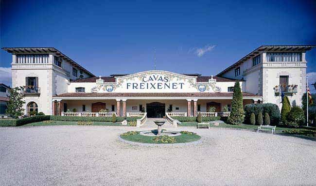 Freixenet uma das maiores produtoras de Cava no mundo - Espumante Freixenet é a marca mais importada no Brasil em 2018