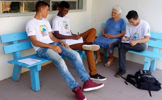 Idosos do Lar São Vicente fazem a festa 3 - Idosos do Lar São Vicente fazem a festa com os jovens das oficinas