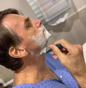 Jair Bolsonaro - Presidente é transferido para apartamento do Hospital Albert Einstein
