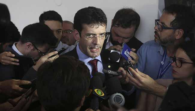 Marcelo Álvaro diz que retorna amanhã ao Turismo - Após exoneração, Marcelo Álvaro diz que retorna amanhã ao Turismo
