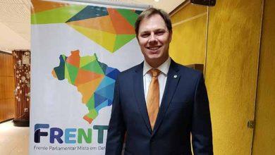 O deputado federal Lucas Redecker em Brasilia 390x220 - Redecker defende turismo gaúcho na Câmara dos Deputados