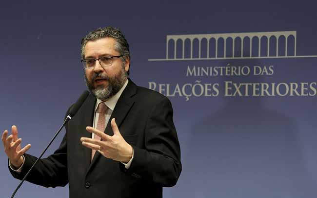O ministro das Relações Exteriores Ernesto Araújo - Chanceler prepara visita de Bolsonaro aos EUA para início de março