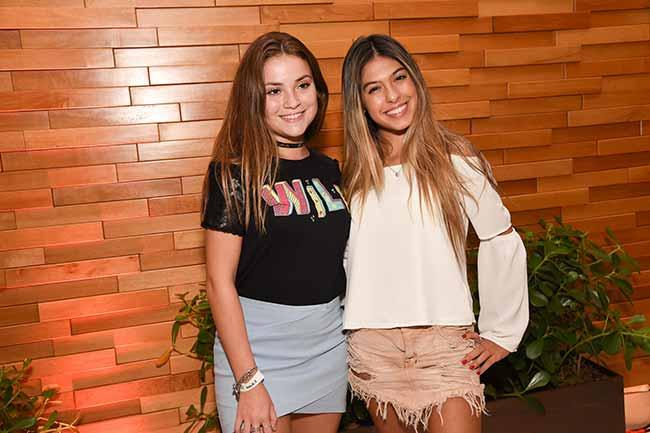 Raissa Chaddad e Fernanda Concon 0107 - Pré-estreia do filmeSai de Baixo reuniu famosos em SP