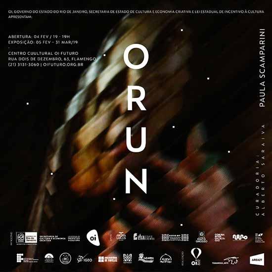 Videoinstalação ORUN individual de Paula Scamparini - Videoinstalação ORUN, individual de Paula Scamparini.