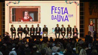 abertura da Festa da Uva 5 390x220 - Prefeito Daniel Guerra celebra abertura da Festa da Uva