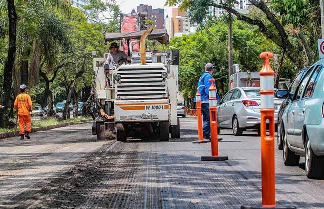 asfalto na avenida Nilo Peçanha - Avenida Nilo Peçanha é liberada após requalificação asfáltica