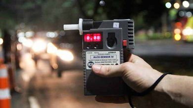 bafometro 390x220 - Fugir de blitz gera multa e suspensão do direito de dirigir