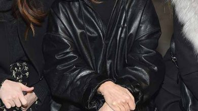 Photo of Carine Roitfeld usa óculos de sol Carrera Epica