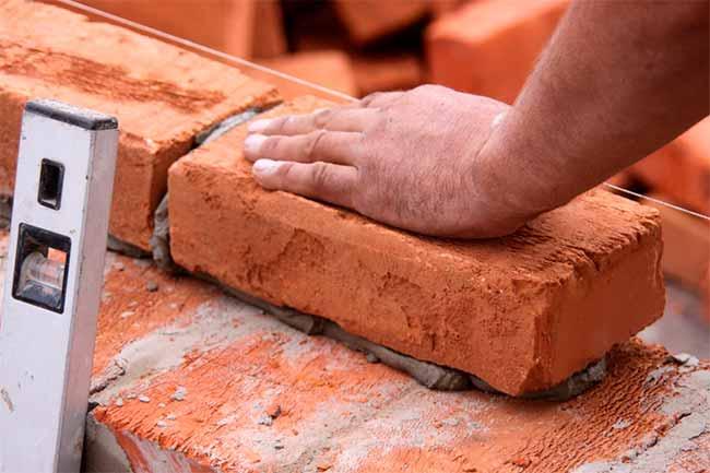 const - Vendas no varejo de material de construção ficam estáveis em janeiro