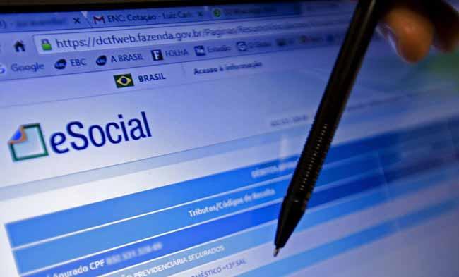 eSocial - Prazo para médias empresas fecharem folha no eSocial acaba hoje