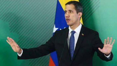 juan guaidó 390x220 - Mesmo ameaçado, Guaidó quer voltar à Venezuela até segunda