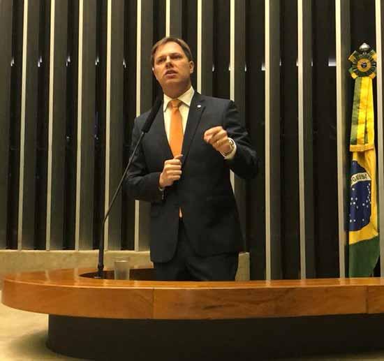 o deputado federal Lucas Redecker - Redecker defende pautas de interesse dos gaúchos em Brasília