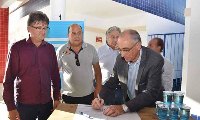 Capão da Canoa terá ampliação das redes de esgotos - Capão da Canoa terá ampliação das redes de esgotos