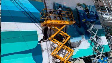Eduardo Kobra em Monaco 2 390x220 - Artista brasileiro Eduardo Kobra pinta mural em Mônaco