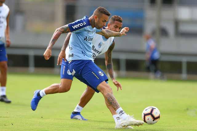 Grêmio pensa na estreia na Libertadores 1 - Atletas do Grêmio trabalham para a estreia na Libertadores