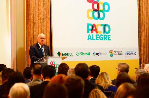Instalação do Pacto Alegre marca aniversário da cidade - Assinatura da Carta de Adesão do Pacto Alegre marca aniversário da cidade