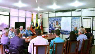 Lojistas foram recebidos no Centro Administrativo Leopoldo Petry 390x220 - Fátima Daudt recebe empresários hamburguenses