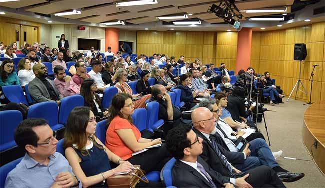 Mais de 140 pessoas participaram da 14ª audiência pública da ANS - ANS discute relação formal entre operadoras e prestadores