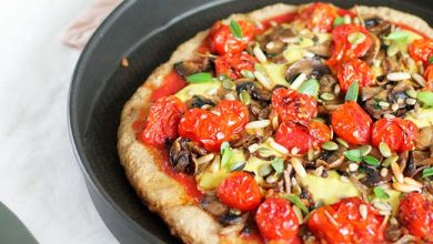 PIZZA VEGANA E SEM GLÚTEN 2 390x220 - Aprenda a fazer massa de pizza vegana sem glúten