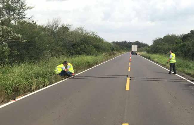 contagem de tráfego são instalados na Região Metropolitana - Equipamentos de contagem de tráfego são instalados na Região Metropolitana do RS