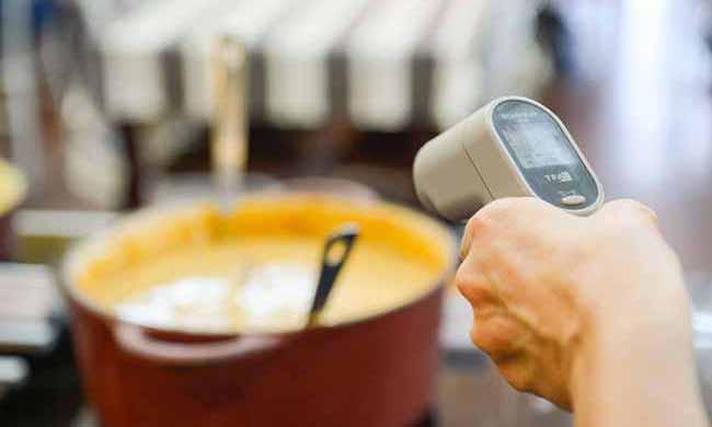 espaços de alimentação e drogarias nos pavilhões da Festa da Uva de Caxias do Sul 1 - Segurança alimentar durante a Festa da Uva 2019