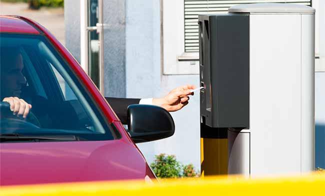 estac - Estacionamentos não podem cobrar multa por perda de ticket