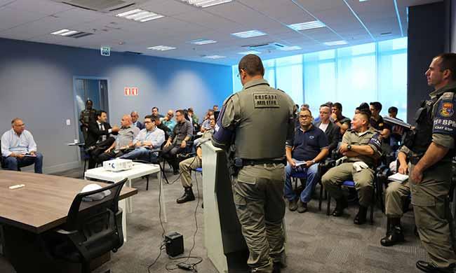segurança para o Gre Nal 418 - Reunião define esquemas de segurança para o Gre-Nal 418