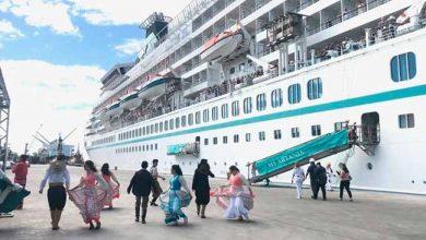 transatlantico 390x220 - Transatlântico das Bahamas atracou em Rio Grande