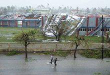zimbabwe cyclone mozambique 220x150 - Ciclone atinge a África e deixa mortos em Moçambique