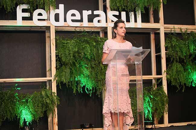 A diretoria fica no comando da entidade até 2020. Fotos Rosi Boni 3 - Simone Leite toma posse para segunda gestão na Federasul