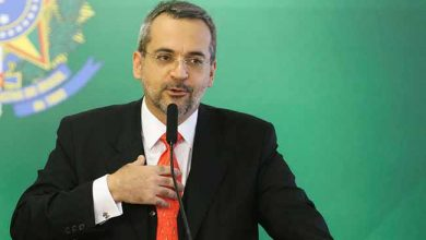 Abraham Weintraub 1 390x220 - Governo faz novas mudanças no Ministério da Educação