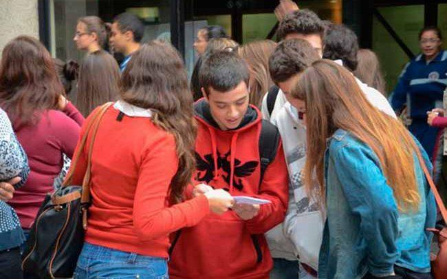 Adolescência ufrgs 650x405 - Palestra na UFRGS discute papéis do professor e da escola com adolescentes