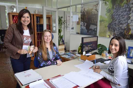 Bruna Salvador 1 - Bruna Salvador é primeira inscrita para o soberanas da FenaVindima